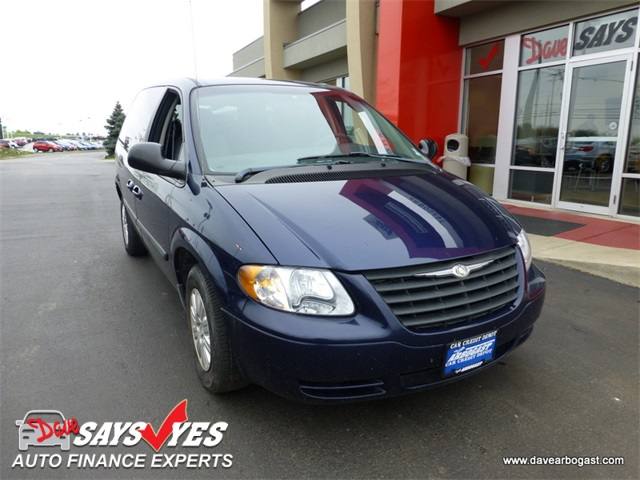 Used Chrysler Town & Country Base