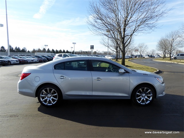2011 buick lacrosse review ratings specs prices and html. Black Bedroom Furniture Sets. Home Design Ideas