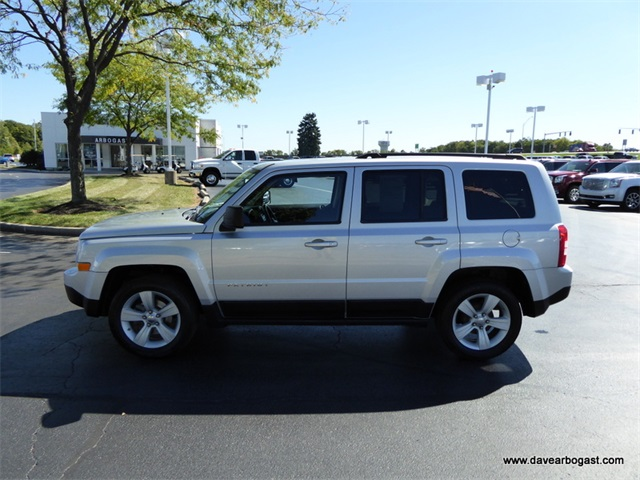 pre owned 2011 jeep patriot latitude x 4d sport utility in. Black Bedroom Furniture Sets. Home Design Ideas